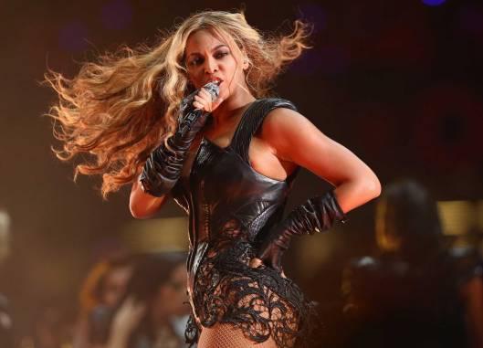 Beyonce Super Bowl 2013_alancross.ca
