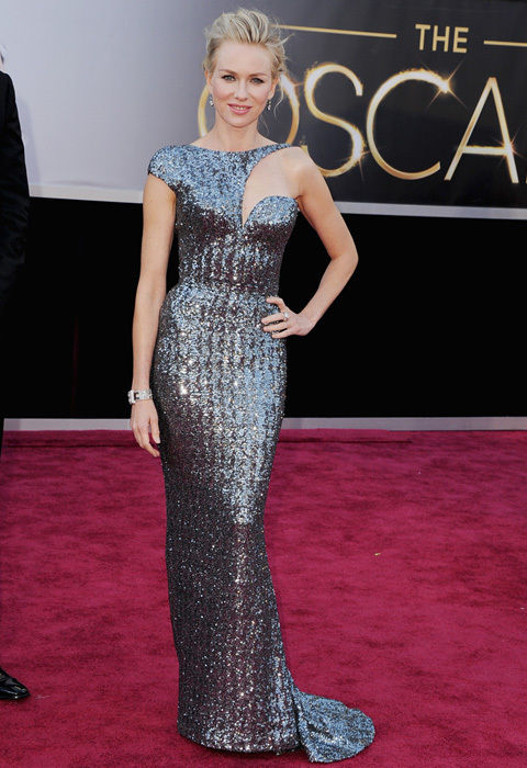 naomi_watts_dark_grey_sequinned_dress_armani_prive_oscars_2013_red_carpet_18ilcro-18ilcto